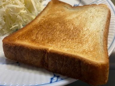 銅板で市販の食パンを焼く表面