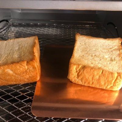 厚切りのトーストを焼いてみました。
