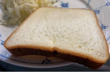 銅板で市販の食パンを焼く裏面